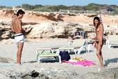 Belen Rodriguez Pillada En Topless