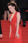 Kristen Stewart Escotazo Tetas Lateral Festival Cannes